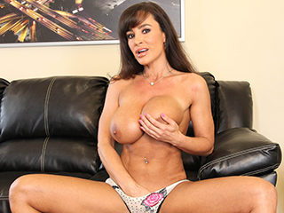 Lisa Ann W Belle Knox